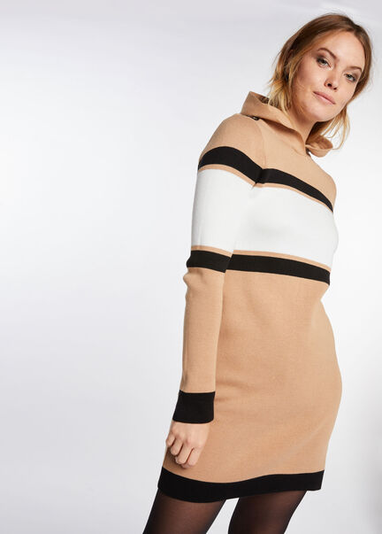 Robe ajustee maille fine a capuche camel femme