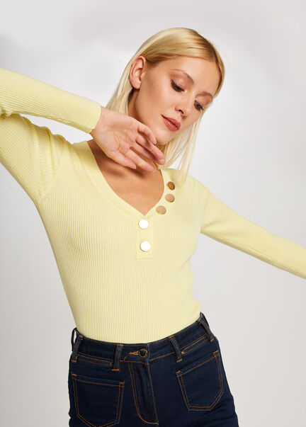 Pull manches longues boutons maille fine jaune femme