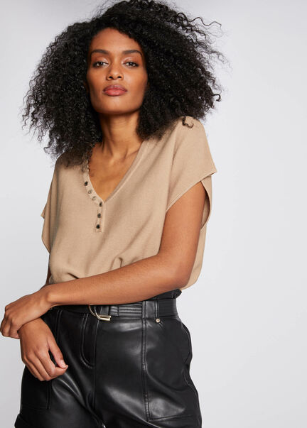 Pull manches courtes avec boutons sable femme